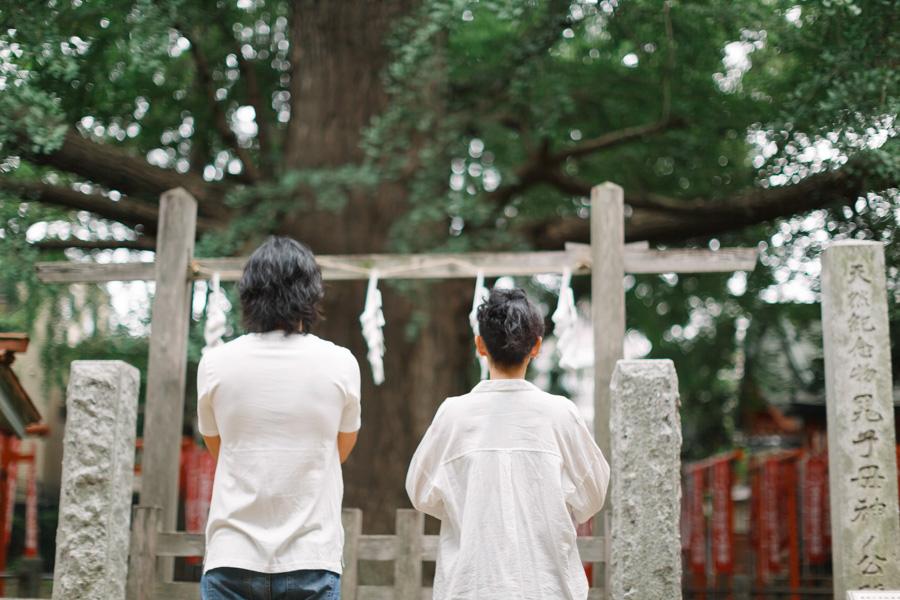 couple portrait in tokyo, japan