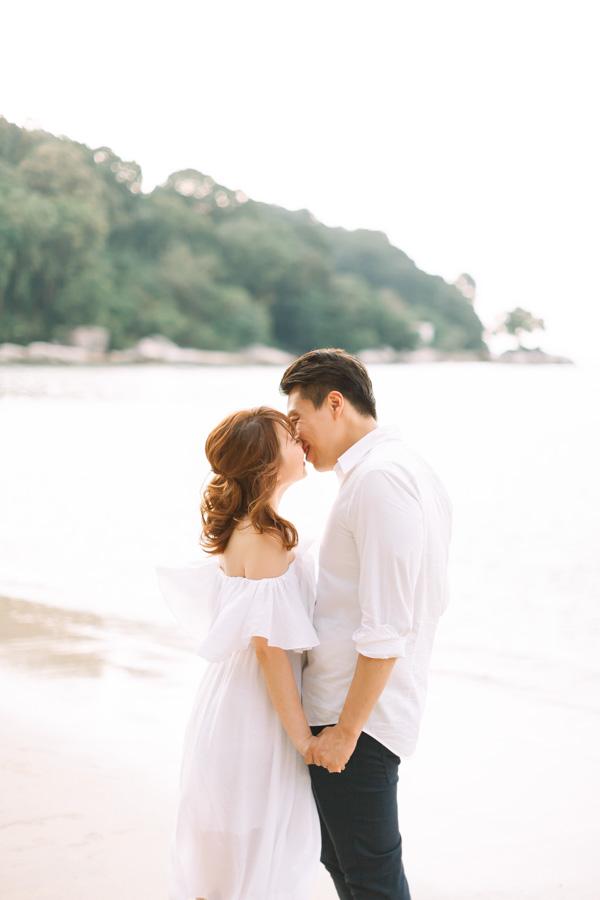 Malaysia beach pre-wedding in Penang